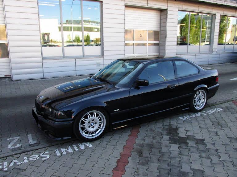 BMW 323i Coupe Hire Boleráz