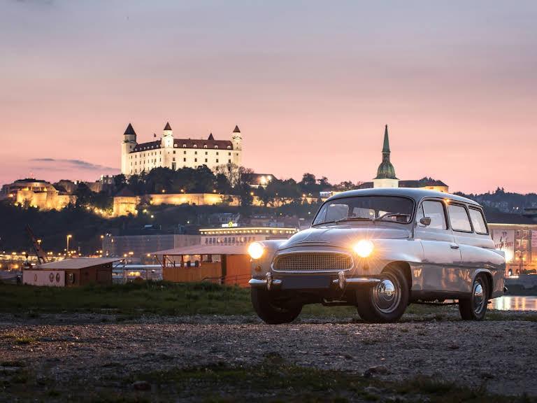 Škoda Octavia Combi Hire Bratislava