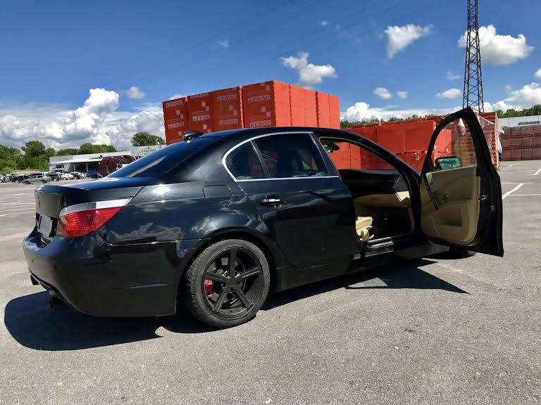BMW 530D Hire Michalovce